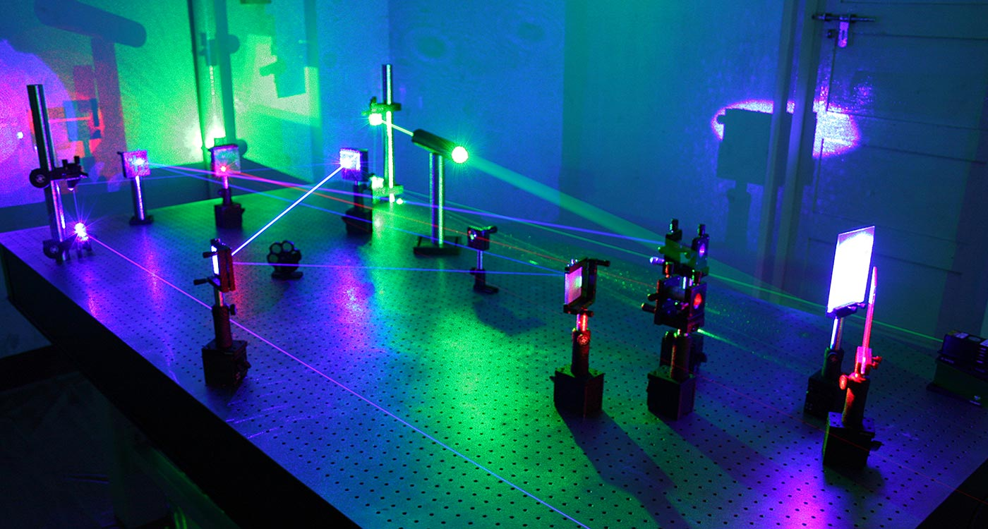 Holographic Lab